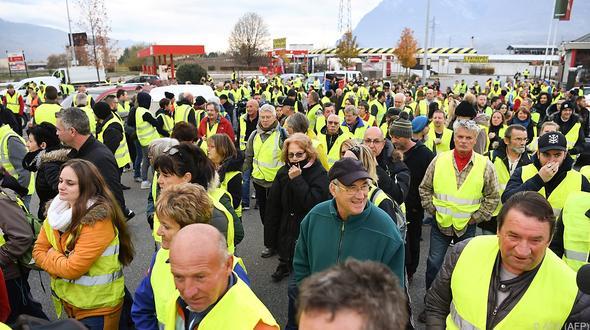 Frankreich: Frau stirbt bei Straßenblockade in Frankreich