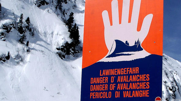 Lawinengefahr: Tiroler Westbahnstrecke gesperrt