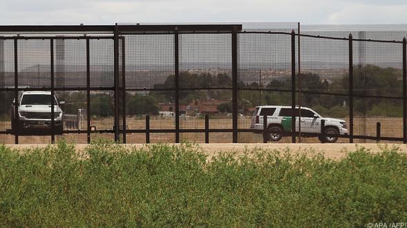 Nach Vorfall im Grenzgebiet: Trump: Schicken bewaffnete Soldaten an Grenze zu Mexiko