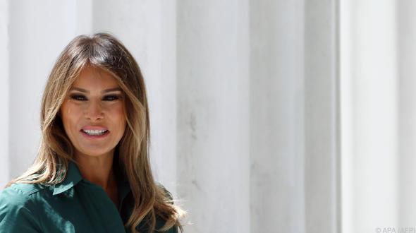 Melania Trump: Erster öffentlicher Auftritt nach 25 Tagen - Enternainment