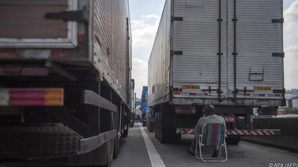 Brasilien - Brasilianische Regierung setzt Sicherheitskräfte gegen streikende Lkw-Fahrer ein