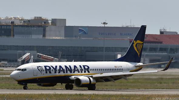 Druckabfall bei Ryanair - 33 Passagiere in Klinik behandelt