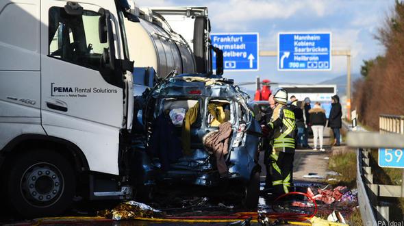 Vier Tote bei Unfall auf A5 in Baden-Württemberg