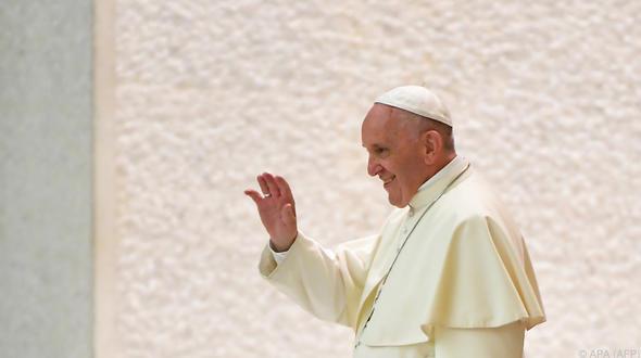 Kritisierte Schwangerschaftsabbrüche: Papst: Homosexuelle Paare sind keine Familien