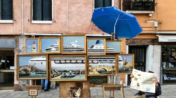 War Banksy unbemerkt bei der Biennale in Venedig?