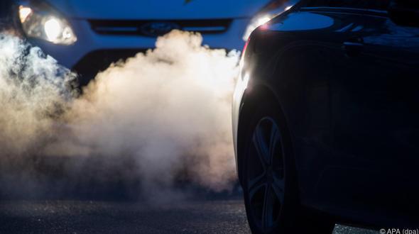 Löcher in Steuerkassen: EU-Ländern entgingen Milliarden wegen falscher CO2-Werte