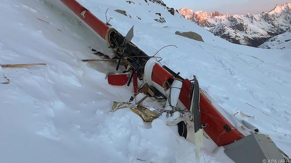 Italien: Hubschrauber kollidiert mit Flugzeug: Sieben Tote - Fünf Deutsche unter den Opfern