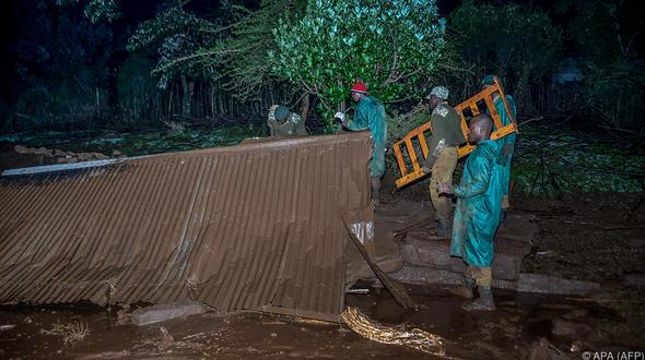 Mindestens 30 Tote nach Dammbruch in Kenia