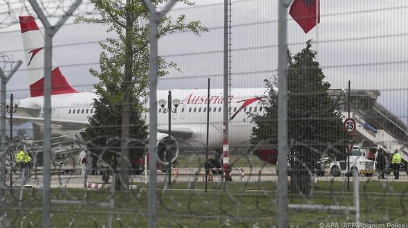 Tirana: Raubüberfall vor startbereiter Austrian-Airlines-Maschine