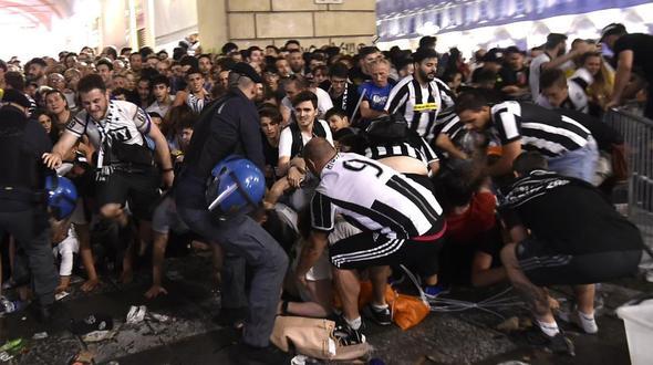 Suche nach Panik-Verursachern in Turin - Kritik an Behörden