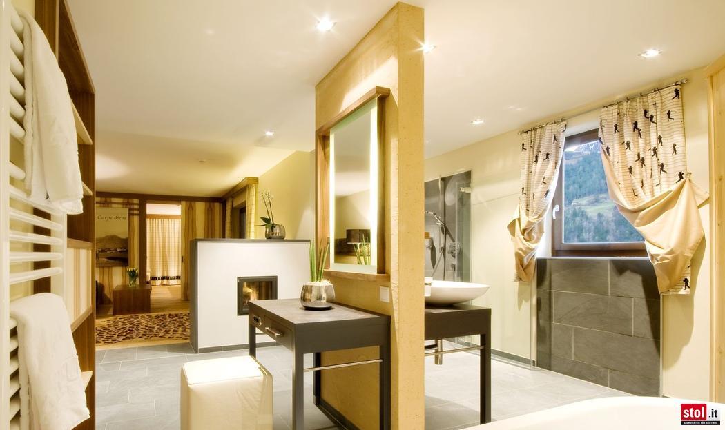 hotel andreus so wohnen die dfb stars im mai. Black Bedroom Furniture Sets. Home Design Ideas