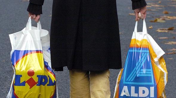 Discounter: Marktführerschaft: Aldi kann Lidl auf Abstand halten