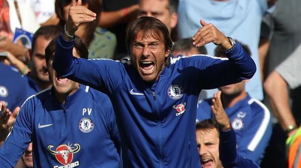 Chelsea-Coach Antonio Conte ist entsetzt Nach 2 Feldverweisen hat sein Team den Saisonauftakt zuhause mit 2:3 verloren