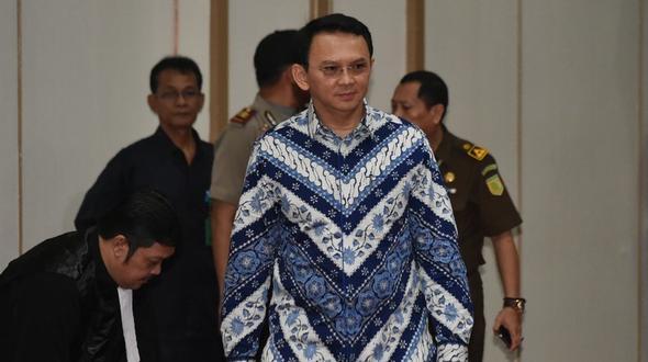 Jakartas Gouverneur zu zwei Jahren Gefängnis verurteilt
