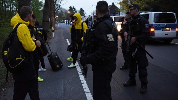Borussia Dortmund: Marc Bartra meldet sich bei Instagram
