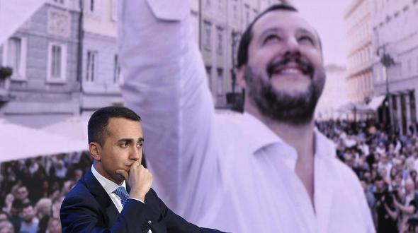 http://stol.it/var/ezflow_site/storage/images/media/images/bildverwaltung/node_395783/di-maio-salvini/19918454-1-ger-DE/Di-Maio-Salvini_artikelBox2.jpg