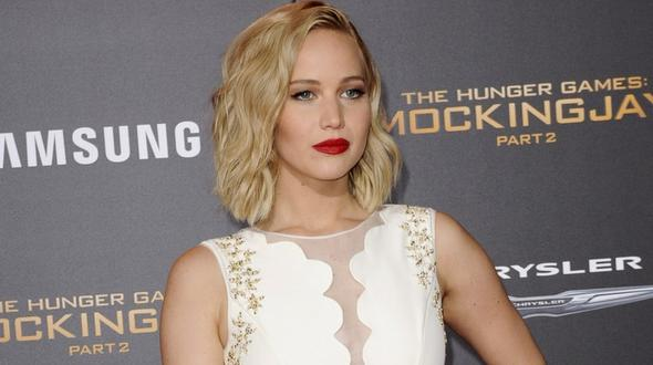 Jennifer Lawrence - Notlandung mit Privatjet