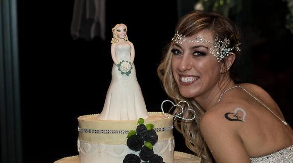 Laura Messi, Die Glückliche Braut, Feierte Eine Single Hochzeit Mit Allem  Drum Und