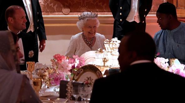Tacheles von der Queen: Elizabeth II. will Charles als Commonwealth-Chef