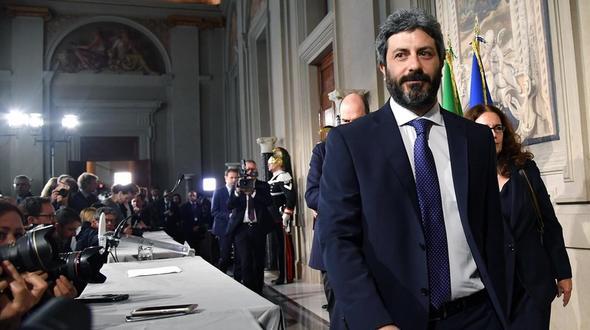 Italiens Sozialdemokraten erwägen Regierungskoalition mit Fünf-Sterne-Bewegung