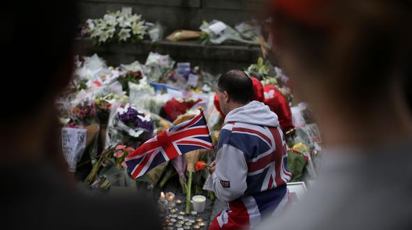 Grossbritannien: Landesweite Schweigeminute in Gedenken an Terroropfer in London