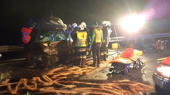 Spondinig: Horrorcrash fordert 3 Verletzte