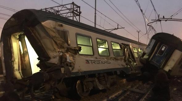Zwei Tote und über 100 Verletzte bei Bahnunglück nahe Mailand