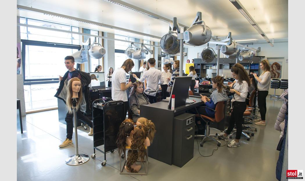 Landesberufsschule f r handwerk und industrie in bozen for Bozen boutique hotel