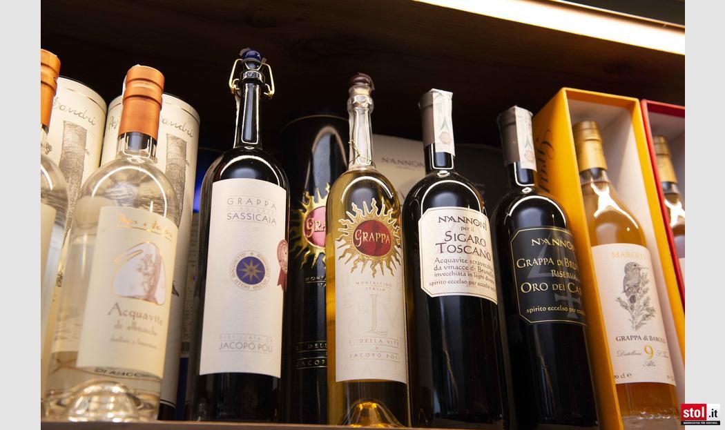 Speckaperitivo in der wineboutique lisa in bozen for Bozen boutique hotel